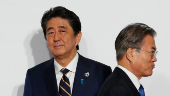 日韓貿易戰越演越烈,雙方正式將對方排除白名單。(圖片:AFP)