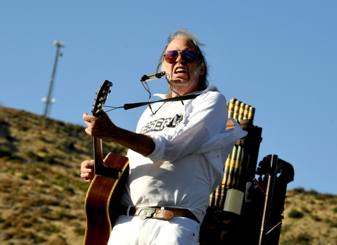 Neil Young (圖片:AFP)