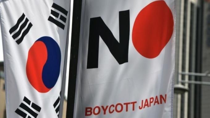 批准出口後卻延遲出貨?南韓官員:日本還沒放行氟化氫 (圖片:AFP)