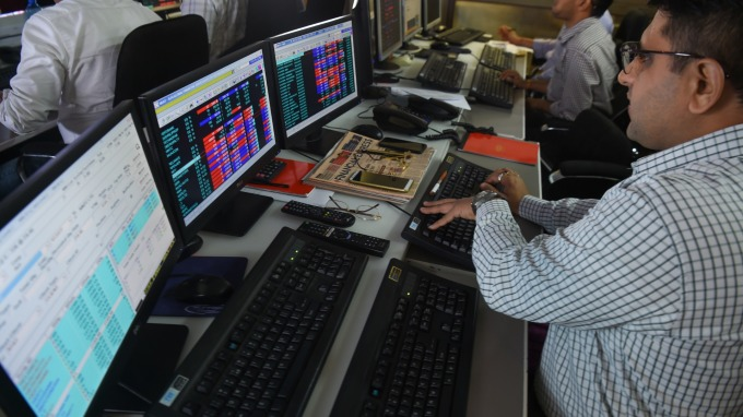 印度意外調降公司稅 印度股市創10年最大單日漲幅(圖:AFP)