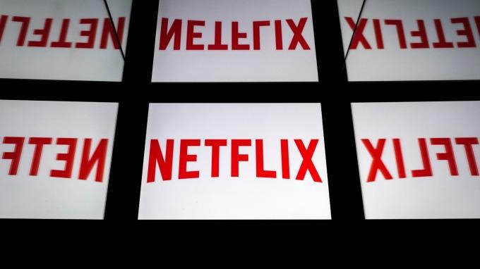 Netflix吐光今年46%漲幅 踏入負值!巴克萊:他們股價貴死了!(圖片:AFP)