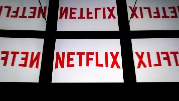 各大業者進軍OTT市場,將衝擊Netflix獨大地位。(圖:AFP)