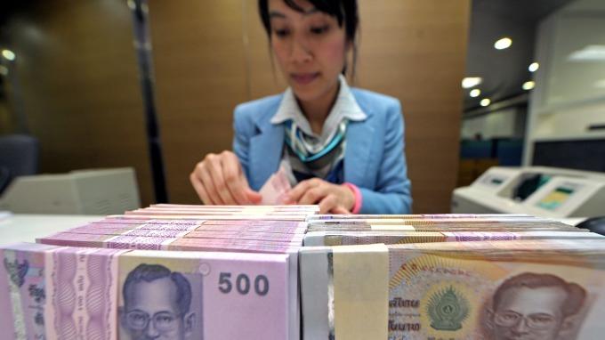 泰國央行維持利率不變 調低全年GDP預期至2.8% (圖片:AFP)