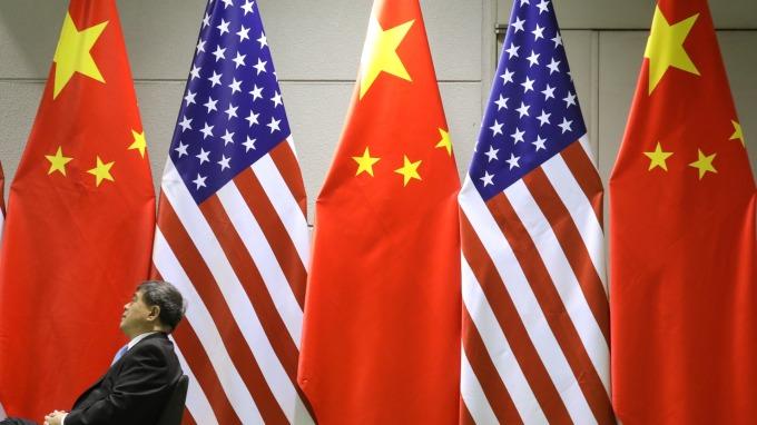 白宮若擴大限制對中投資 投資人該留意的三大發展方向 (圖片:AFP)