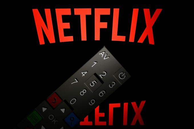 以串流影音起家的 Netflix 股價,今年股價下跌了 2.7%(圖片: AFP)