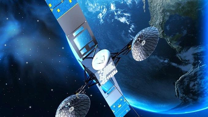 鴻海旗下台揚、建漢均看好衛星通訊應用所帶來的商機。(示意圖:AFP)