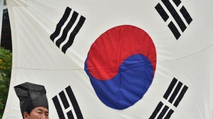 逾4成韓國製造商認為 材料、零件採購風險較去年同期提升  (圖片:AFP)