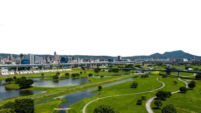 二重疏洪道擁有台北都會公園的大片綠意,房價相對合宜。(圖/鉅亨網資料庫)