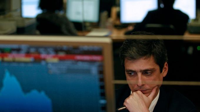 衰退隱憂再起,投資級債怒漲(圖片:AFP)