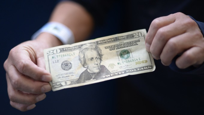 ING:美元一支獨秀 因沒有其他貨幣能挑戰(圖:AFP)