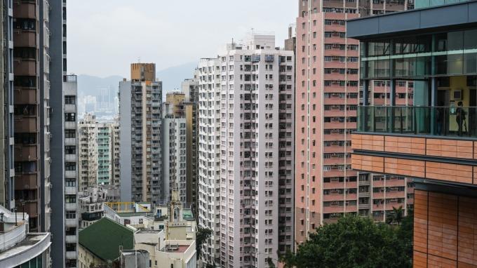中國房貸利率新制今實施 利率變化小(圖片:AFP)