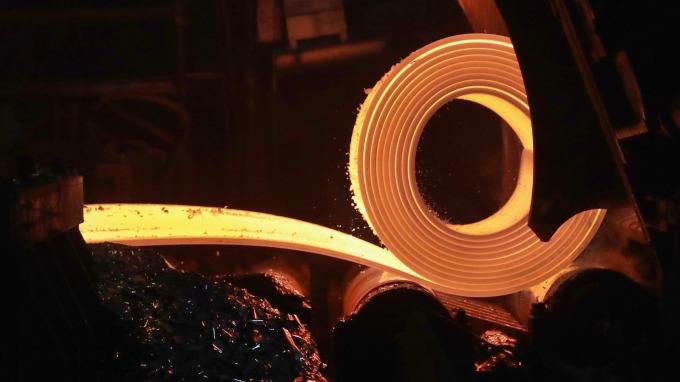 日本製鐵又一工廠因火災停工 車用特殊鋼恐出現供應問題。(圖片:AFP)