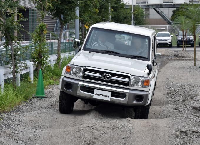 在中國平行輸入市場極受歡迎的豐田 Land Cruiser (圖片:AFP)