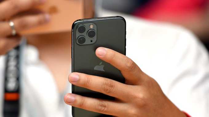 iPhone 11需求優於市場預期 分析師大讚蘋果股值(圖片:AFP)