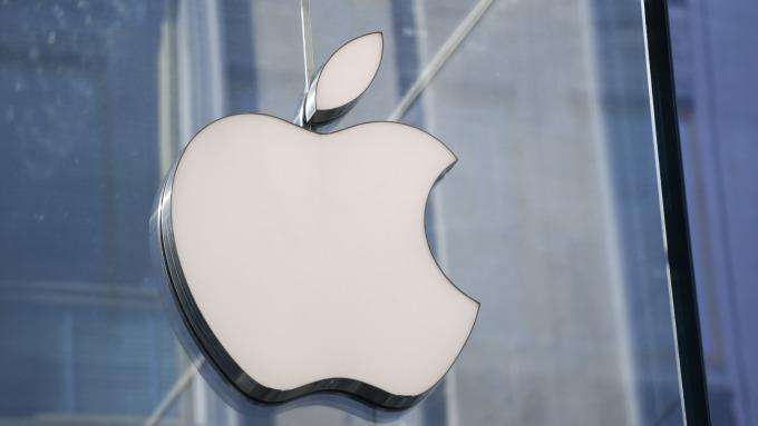 傳蘋果正研發自家5G數據機晶片 預期2022年可用於iPhone中(圖片:AFP)