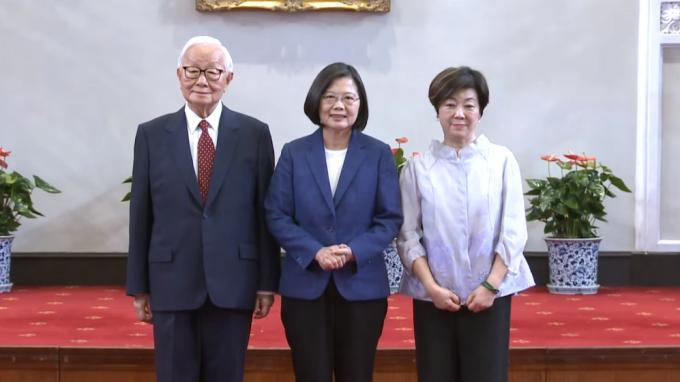 張忠謀第3度出任APEC領袖代表,談區域經貿與數位經濟。(圖:總統府提供)