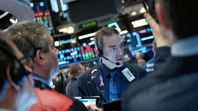 美股Q3財報季來了 華爾街如履薄冰  (圖片:AFP)