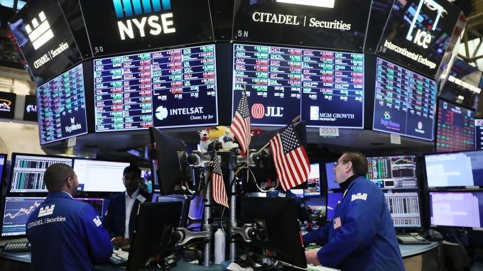 美中貿易戰尚未落幕,投信預期Q4市場波動風險仍大。(圖:AFP)