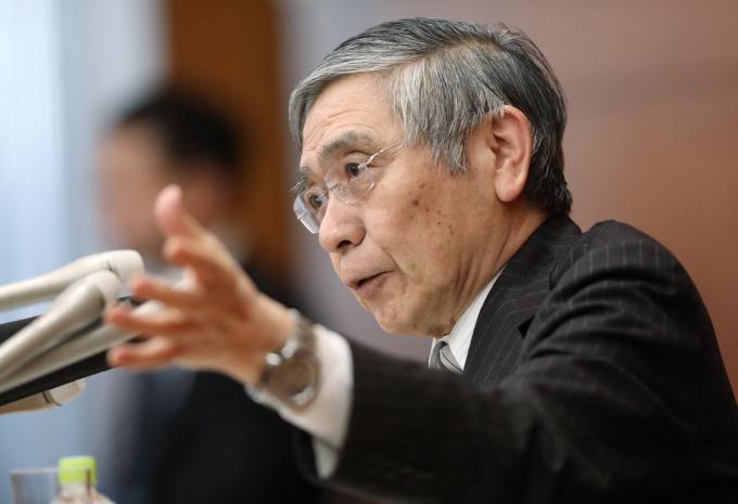 日本央行總裁黑田東彥暗示、有可能進一步擴大貨幣寬鬆。(資料照片)(圖片:AFP)