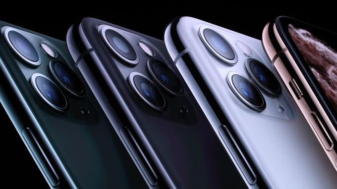 韓媒:三星將增加一成iPhone用OLED面板出貨量。(圖片:AFP)