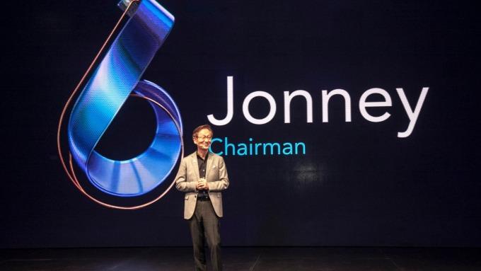 搶巴西手機市場 施崇棠親赴聖保羅發表ZenFone 6、ROG Phone II