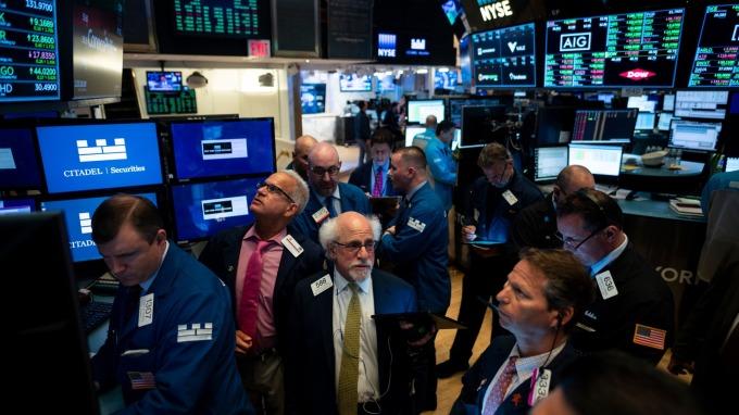 美股盤後 — 脫歐時程遭英國會否決,科技股領跌,標普失守3000。(圖片:AFP)