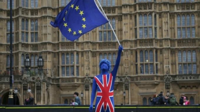 脫歐大戲沒完沒了!英國國會否決立法時程表。(圖片:AFP)