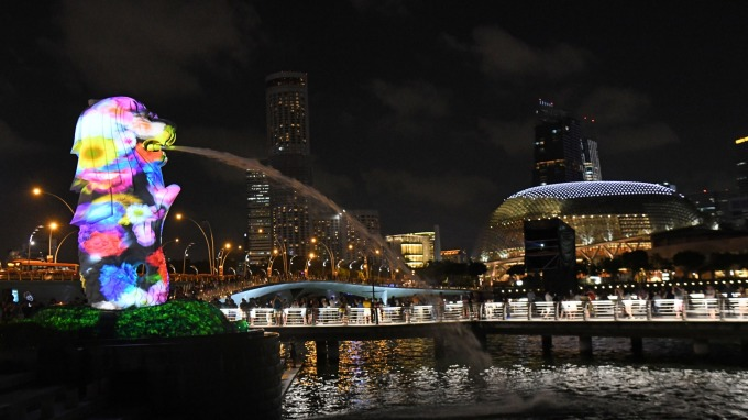 新加坡金管局:確有香港資金流入 但數量不大(圖片:AFP)