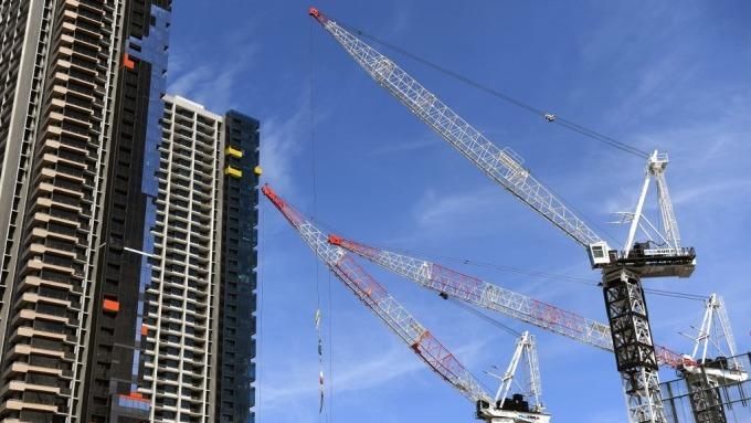澳洲降息後房價再起 對經濟真的好嗎?(圖片:AFP)
