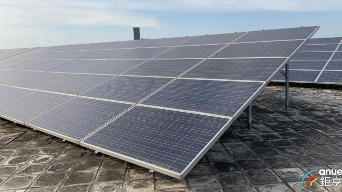 太陽能電池價格驚跌 多晶電池大跌4.67%