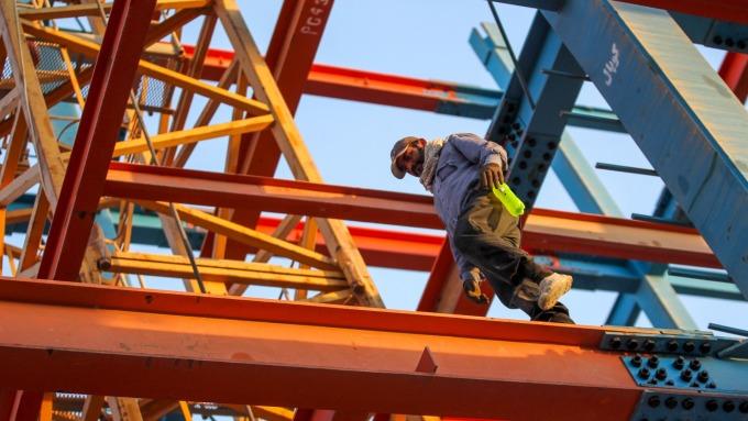 WSA世界鋼協公布9月粗鋼產量 41個月來首度轉衰 (圖片:AFP)