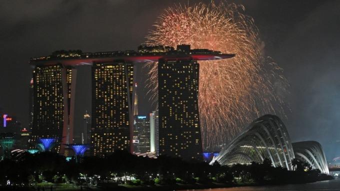新加坡金管局:貿易不確定性持續 明年經濟仍面臨逆風(圖片:AFP)