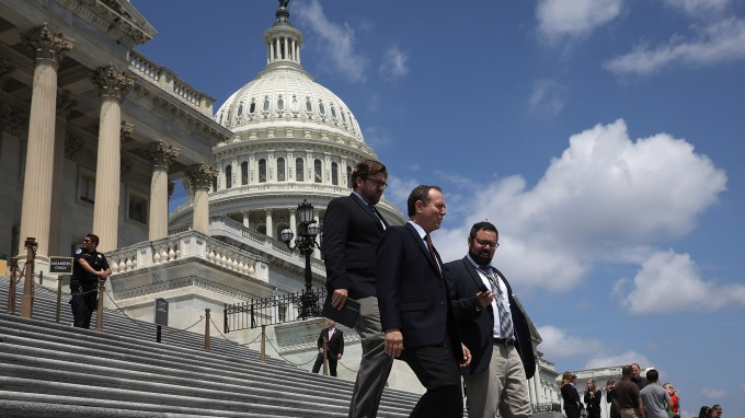 美國總債務首度突破23兆美元 分析師:經濟好但負債仍快速累加(圖片:AFP)