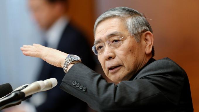 黑田東彥:不限定於追加寬鬆、以及政策利率調降 (資料照片) (圖片:AFP)