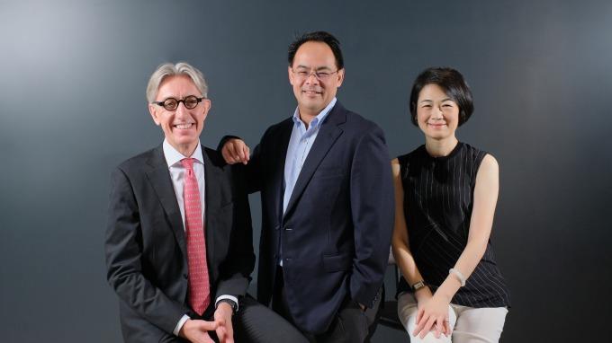 圖左至右分別為康利資產管理公司亞太區行政總裁Bo Kratz、國泰金控資深副總經理孫至德、美盛投顧總經理王心如。