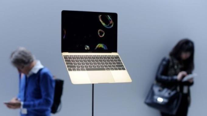蘋果Mac何時分手英特爾改採ARM晶片?可能就在明年  (圖片:AFP)