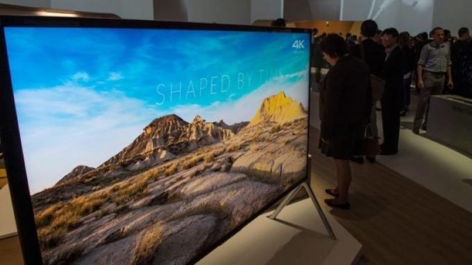 中國廠商計畫投入OLED面板生產 全球電視市場將產生變動 圖片:AFP