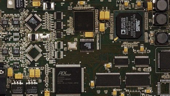 A股Q3電子族群業績三強:零組件、半導體、PCB(圖片:AFP)