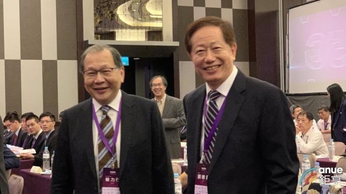 聯發科執行長蔡力行(左)、台積電董事長劉德音(右)。(鉅亨網資料照)