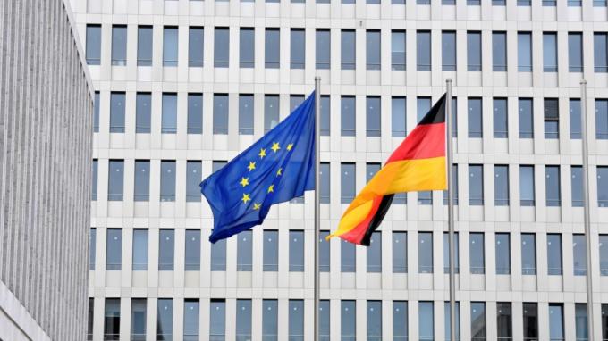 貿易情緒樂觀 德國11月投資人信心止跌回升創近6個月新高  (圖:AFP)