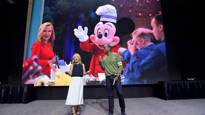 Disney+首發太夯 網路塞爆斷線 發言人:需求量不可思議!(圖片:AFP)