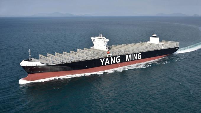 貨櫃雙雄Q3獲利衰 陽明:供過於求缺口收斂 市況將趨穩。(圖:AFP)