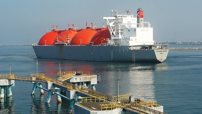 澳洲首船液化天然氣抵台,中油:2021年自有油氣占比估達3.43%。(圖:中油提供)