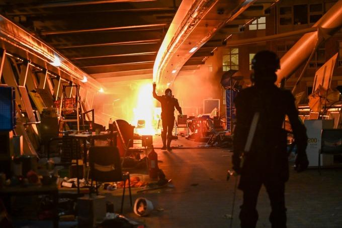 香港理大爆發嚴重警民衝突 (圖片: AFP)