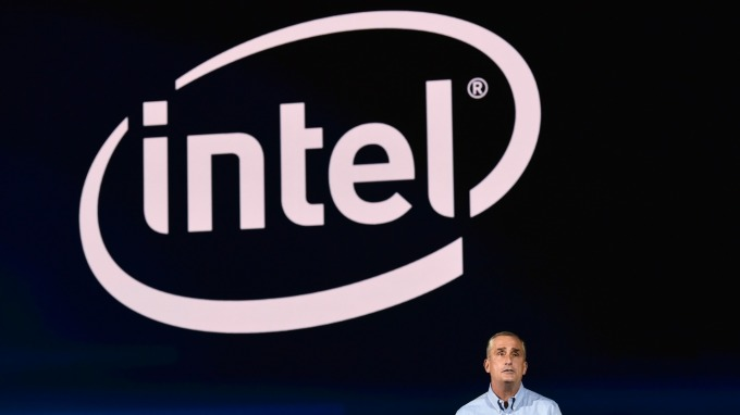 CPU出貨延遲 英特爾考慮委外生產(圖片:AFP)