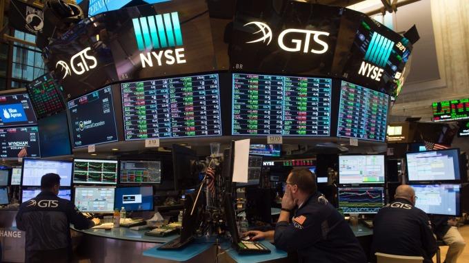 嘉信理財以260億美元全股票收購TD Ameritrade (圖:AFP)