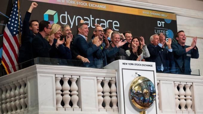 美股上市公司正在減少 NYSE祭出措施想要挽救(圖:AFP)