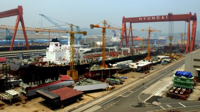 南韓現代重工大宇造船合併案 面臨反托拉斯擔憂(圖:AFP)