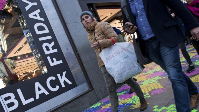 美消費者信心指數有望於聖誕前夕回彈(圖片:AFP)