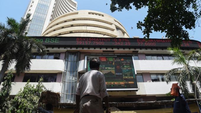 外資搶進 印度股市飆高暗示經濟將觸底反彈?(圖片:AFP)